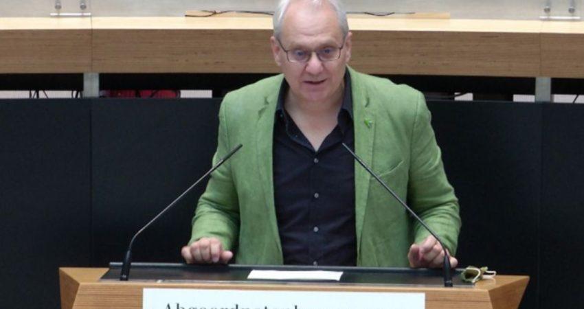 https://www.rbb-online.de/imparlament/berlin/2020/3--september-2020/3-september-2020---62--Sitzung-des-Berliner-Abgeordnetenhauses/notker-schweikhardt--buendnis-90-die-gruenen---top3-6.html